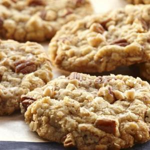 cookie praline custard