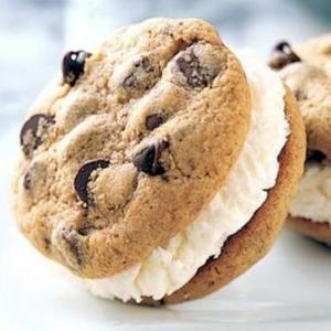 Nut Cookies & Ice Cream