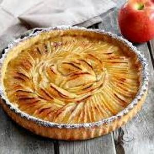 tarte aux pommes yaourt et nougatine